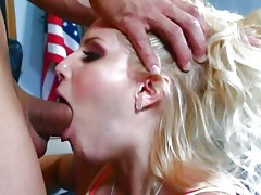 Nasty Vanessa Cage mouth fucks this lucky prick