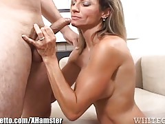 WhiteGhetto Tanned MILF SuckNfuck