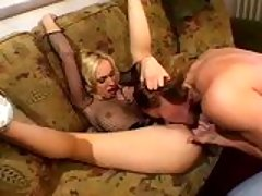 Flexible babe Kelly Wells enjoys being toyed by a stud on her pink cracks