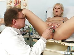 Blonde Mom Examined With A Speculum