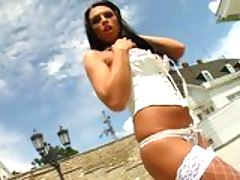Netted hot babe Sonya posing her deadly body under the scorching heat of the sun