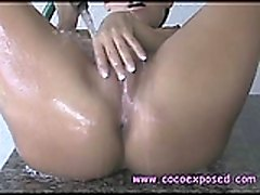Nicole Graves Gets Wet