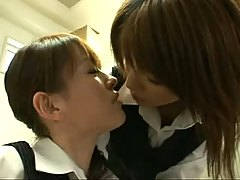 Japanes babes in uniform kissing 2