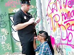 Spanish graffiti chick gets her ass destroyed by police