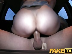 FakeTaxi - Medical student takes cash for sex